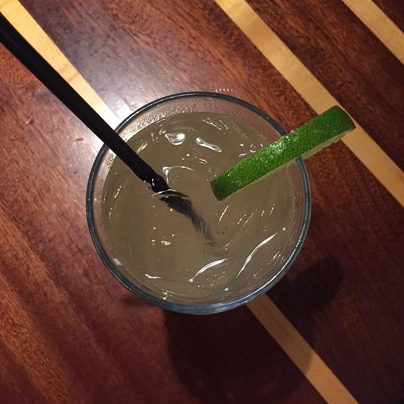 Lb Gin & Tonic @ The Longboard