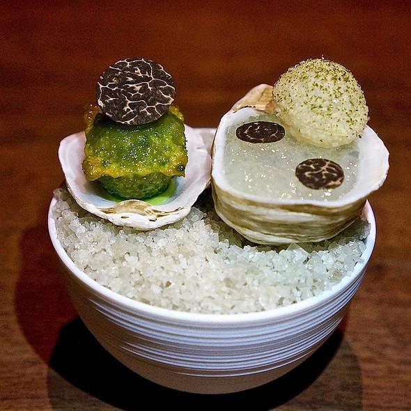 Nootka Sound oyster, sea lettuce, black truffle