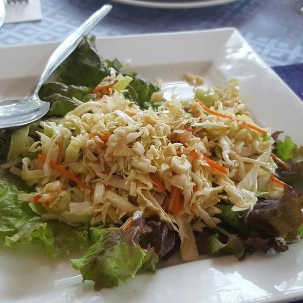 Thai Salad @ Hotel Elizabeth, Baguio City