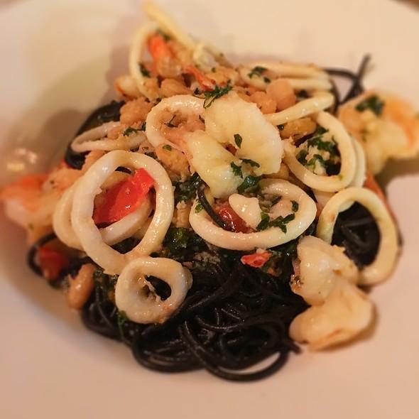 Squid Ink Pasta @ La Cucina Di Ivo
