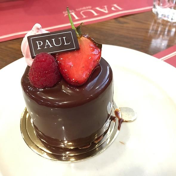 Gateau Et Caramel Aux Chocolat @ Paul Bakery