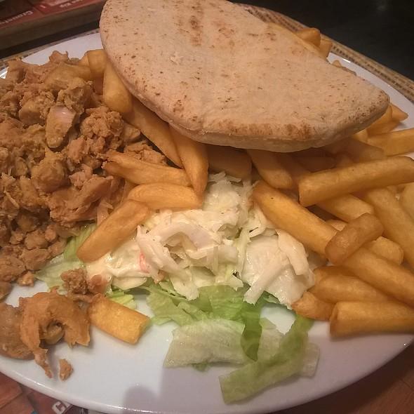 Chicken Pita With Fries