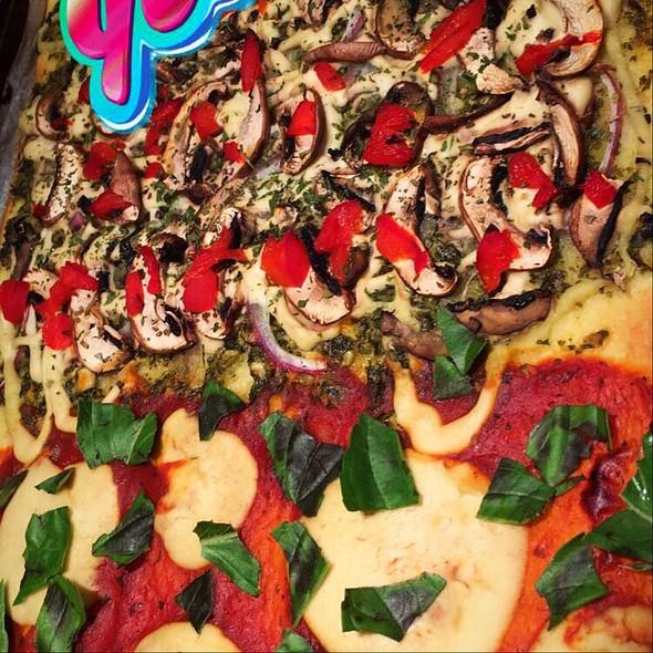 Margarita Vs Veggie Pizza