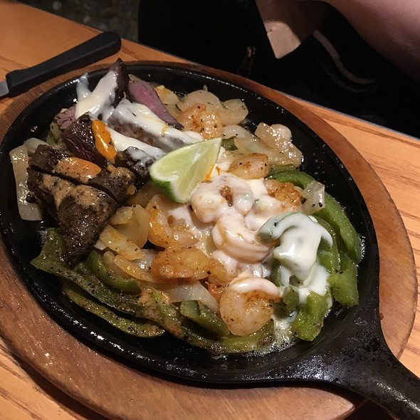 Loaded Fajitas @ Chili's Grill & Bar