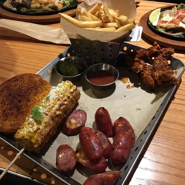 Smokehouse Combo @ Chili's Grill & Bar