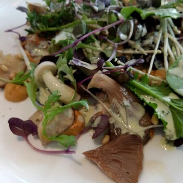 Market Mushroom Salad