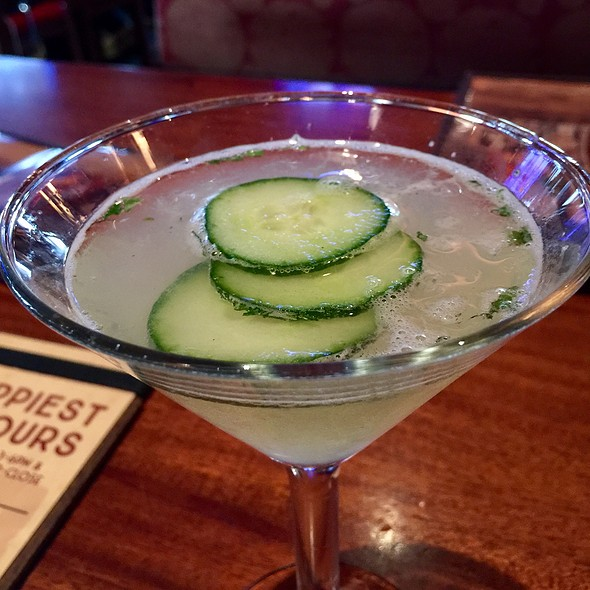 Cucumbertini @ The Lazy Dog Cafe