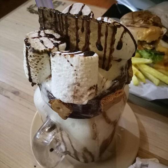 Choco Mallow Smoothie