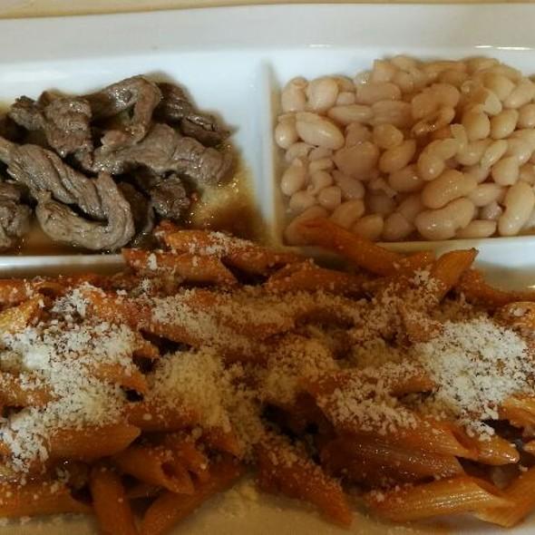 Menù Classico Con Penne Strascicate E Straccetti Di Manzo @ La Taverna