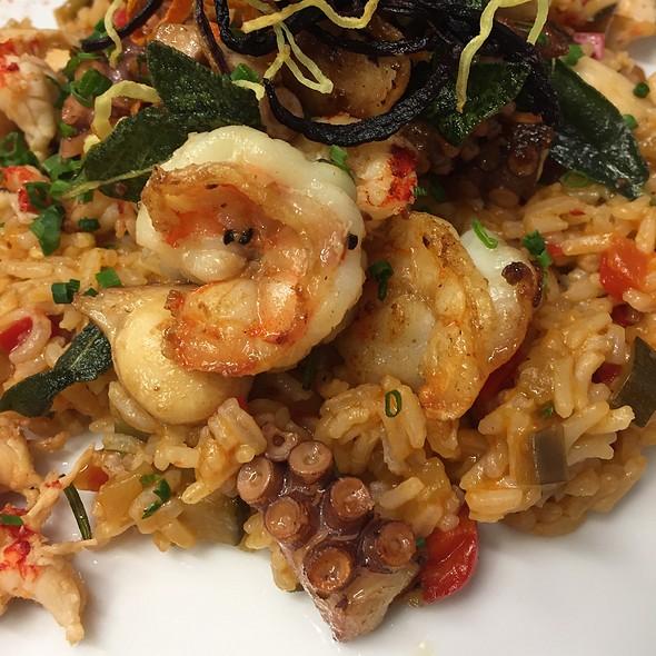Fish / Rice / Pulpo / Scampi @ Home Sweet Home Sir Aqua