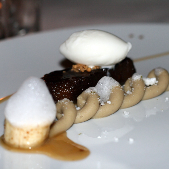 Sticky Toffee Pudding @ The Dining Room