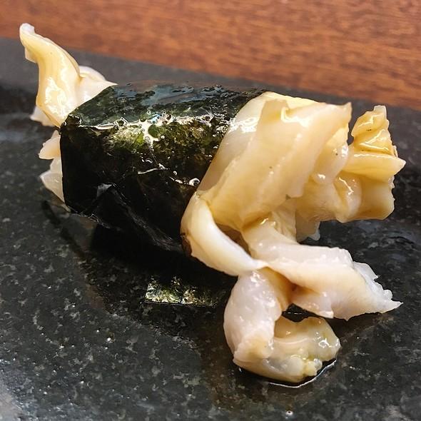 Mirugai Nigiri @ Royal Sushi & Izakaya