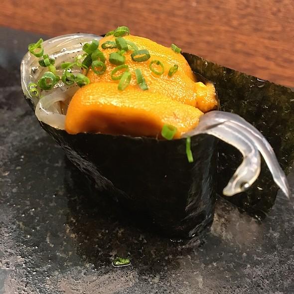 Shirauo + Uni Gunkun @ Royal Sushi & Izakaya