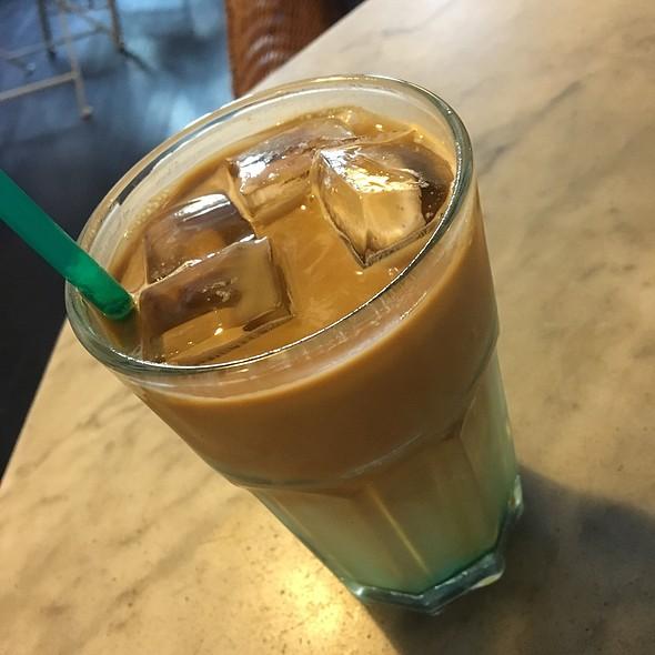 Iced Mint Latte