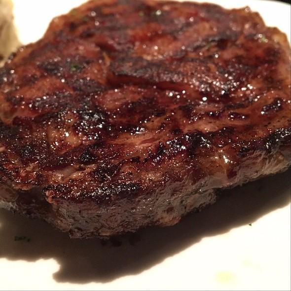 Ribeye @ Outback Steakhouse