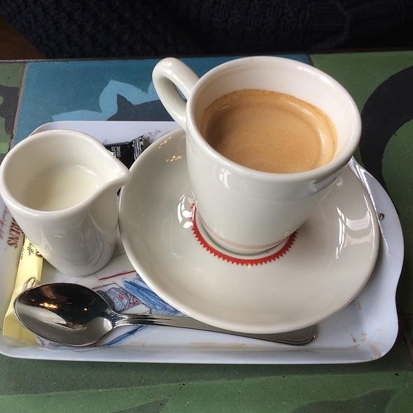 Coffee @ Simon Says