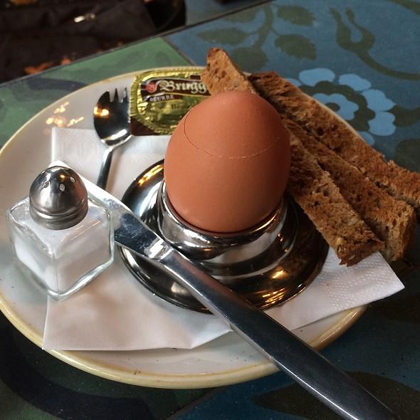 Soft Boiled Egg @ Simon Says
