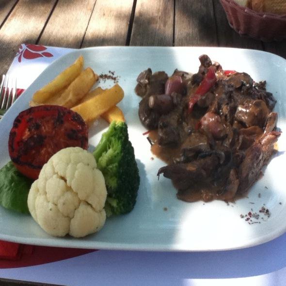 Beef Strogonof