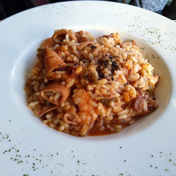 Rice with prawns and squid