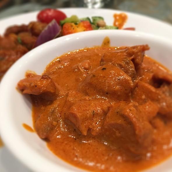 Butter Chicken @ India's Taste