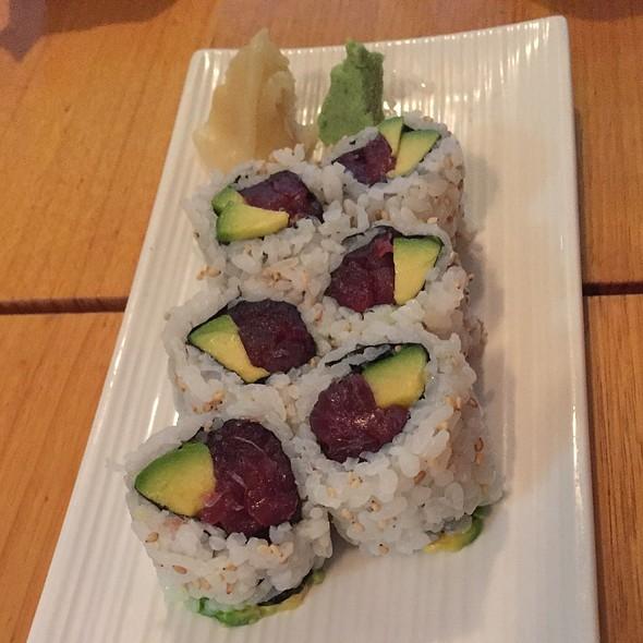 Tuna-Avocado Inside-Out Rolls @ Kisuke