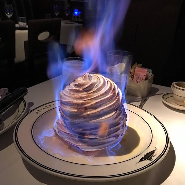 Baked Alaska Flambé