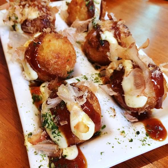 Takoyaki Octopus Dumplings @ Kizuki Ramen & Izakaya