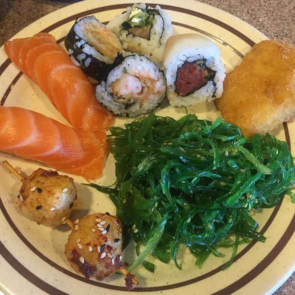 Sushi @ Kirin II Japanese Seafood