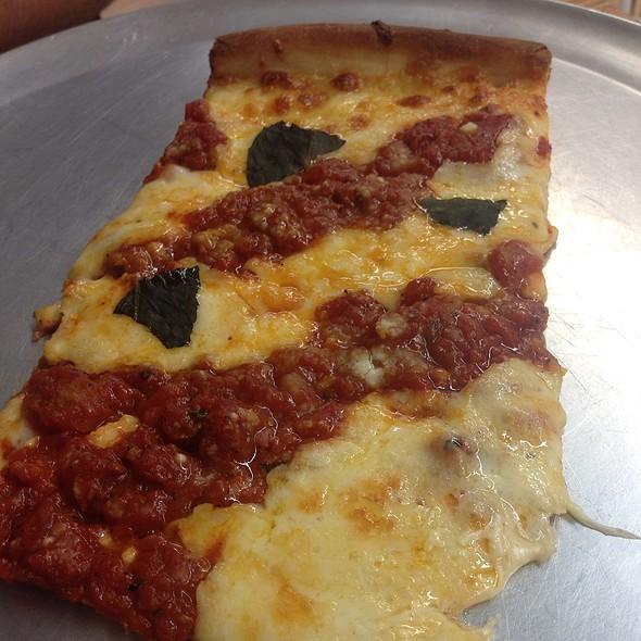 Grandma Pizza @ Rays New York Pizza