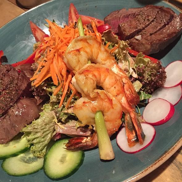 Thai&Turf Salad