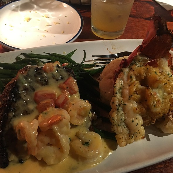 LobsterFest Surf and Turf @ Red Lobster
