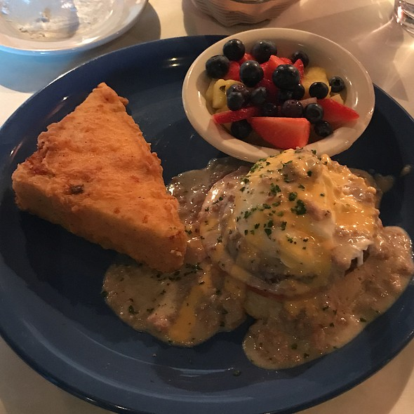 Poached Eggs And Sausage Gravy Benedict