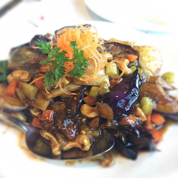 Chili Cashew Eggplant @ Tao