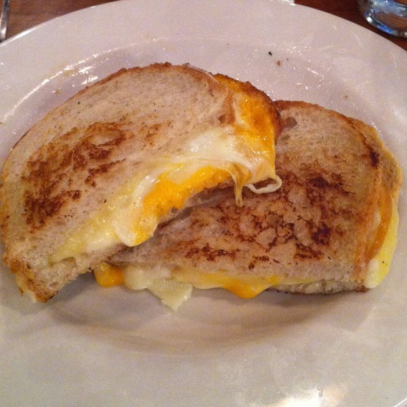 Grilled Cheese @ Schlafly Bottleworks
