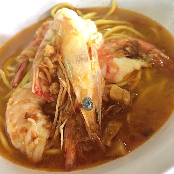 Prawn Noodle @ Wah Kee Big Prawn Noodles