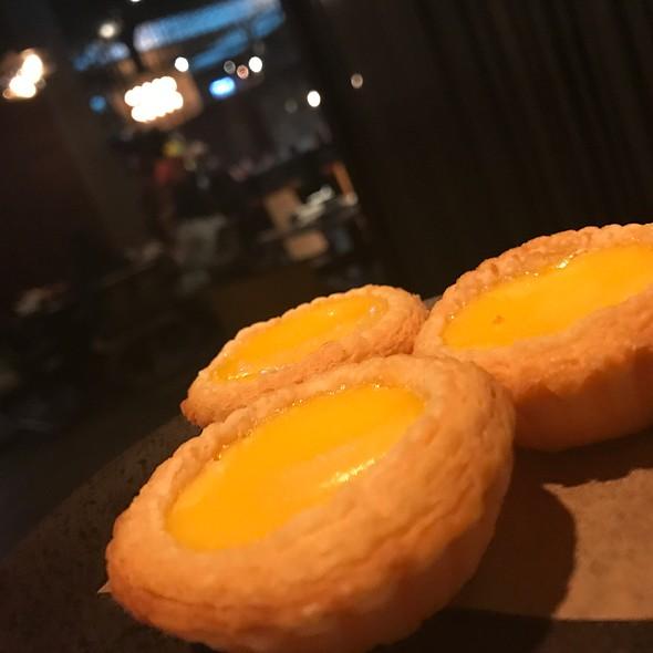 Egg Tart @ Mott 32