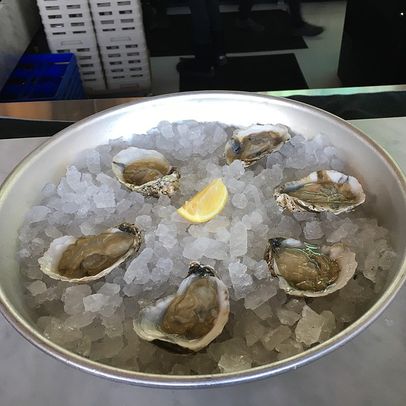 Oysters @ Moody Tongue Brewing Company