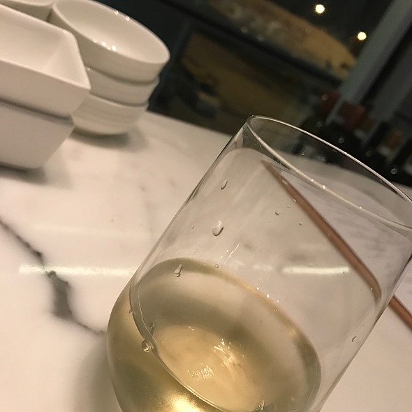 Soave @ The Bridge - Cathay Pacific Lounge