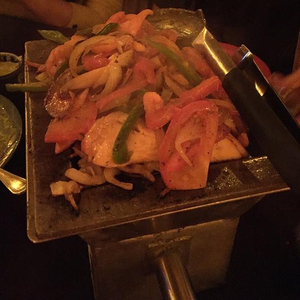 Chicken Fajitas @ El Tiempo Cantina