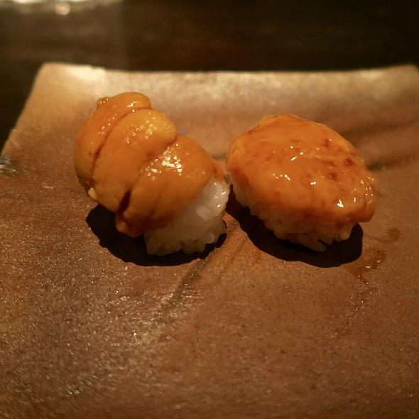 Hokkaido Uni and Sea Cucumber Innards Nigiri
