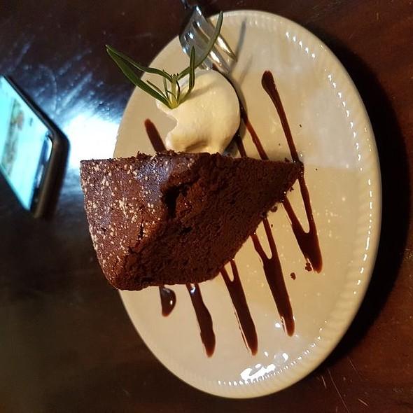 Mud Cake @ 2J CAFE