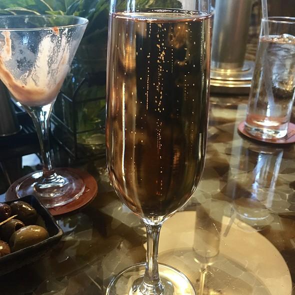 Charles Heidsieck Rosé Champagne