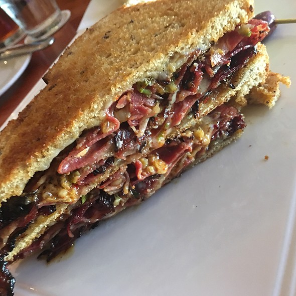Kimchee Rueben Sandwich @ The Pineapple Room by Alan Wong