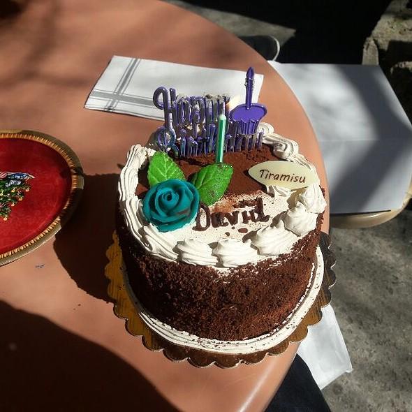 Birthday cake @ La Zoo