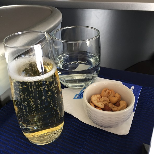 Champagne @ United Airlines