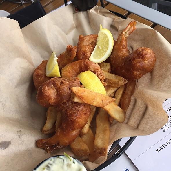 Deep Fried Shrimp Basket
