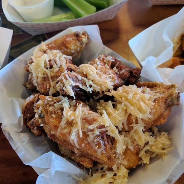 Parmesan Garlic and Spicy Garlic Wings