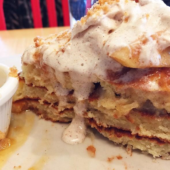 Apple Crumble Pancakes @ Clinton Street Baking Co