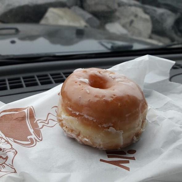 Mini Raised Glazed Donut @ Donut Shop
