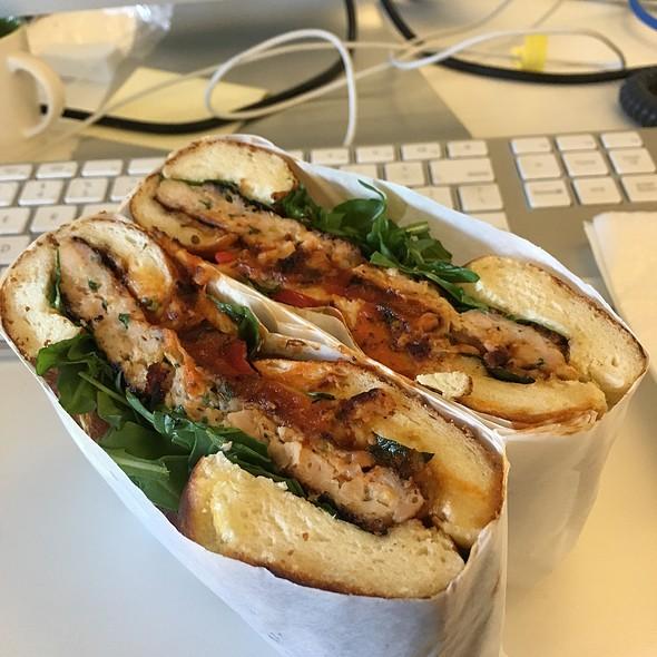 Ginbop Sandwich